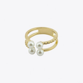 Pearl Cubic Ring in Gold
