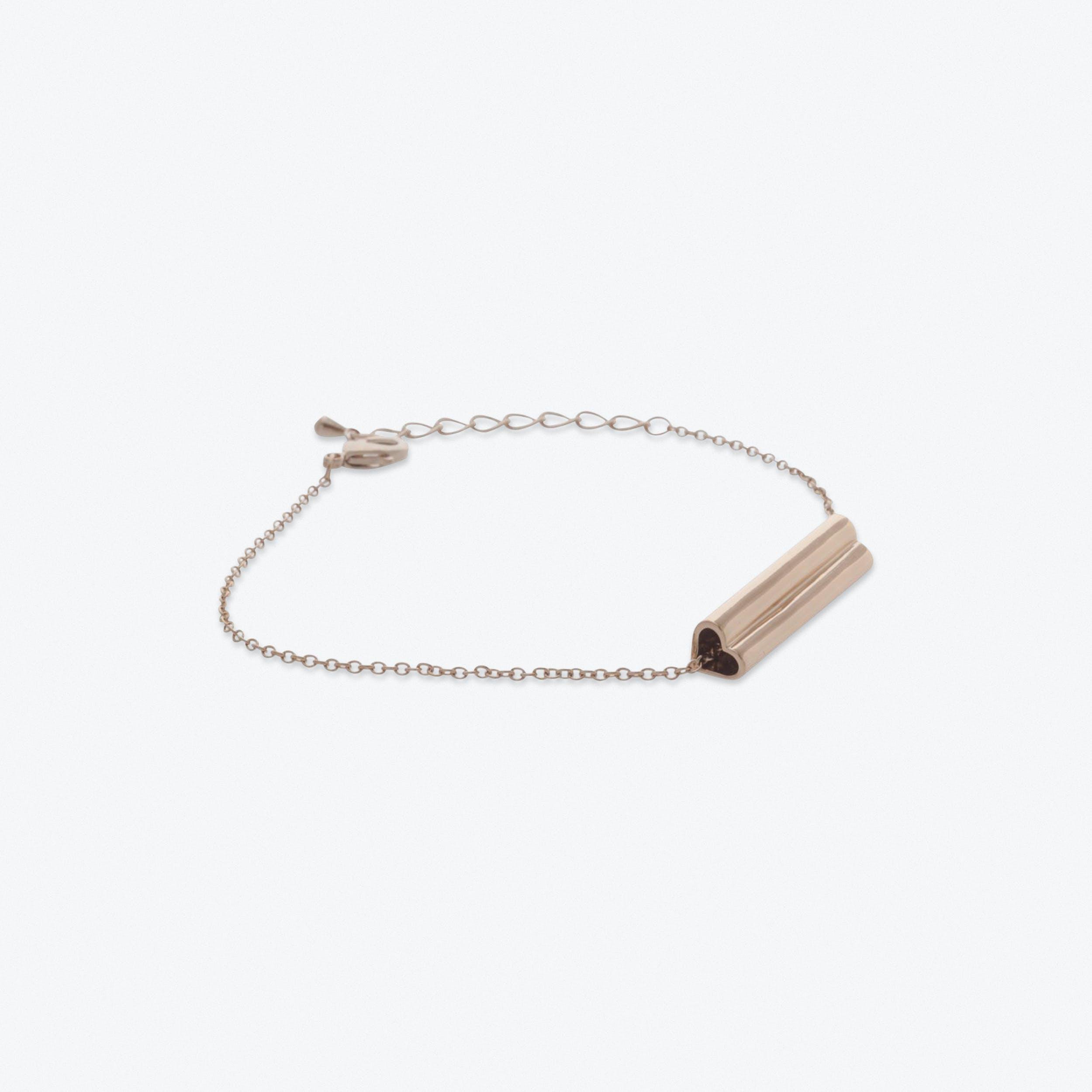 Heart Bar Bracelet in Rose Gold