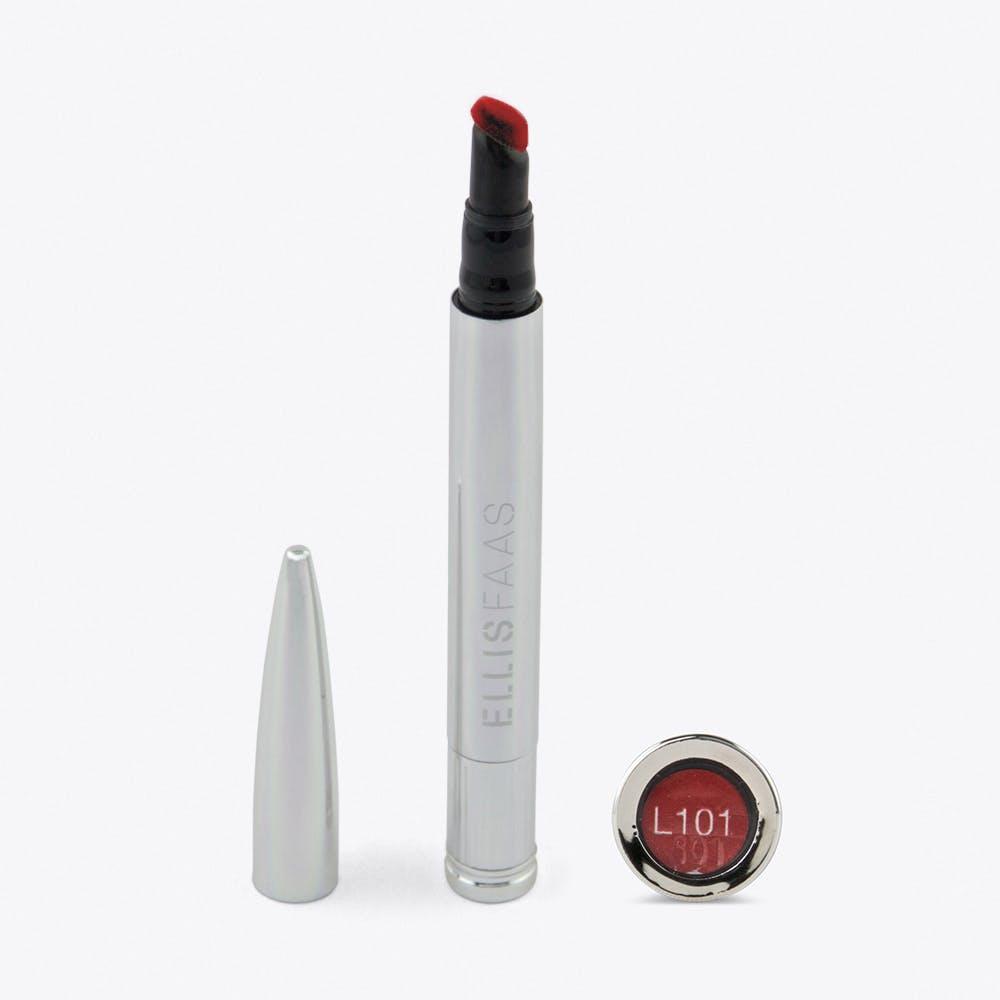 Creamy Lips in Ellis Red