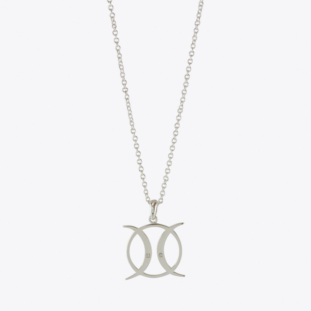 Triple Moon Goddess Circle Necklace in Silver