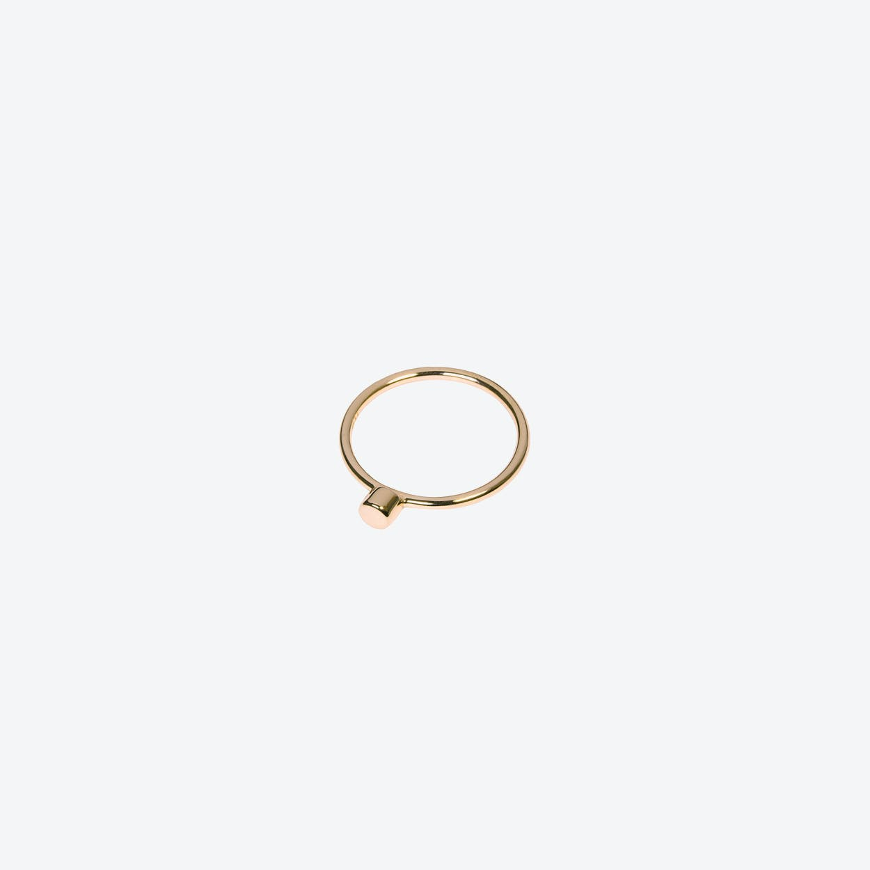 Dot Ring in Gold