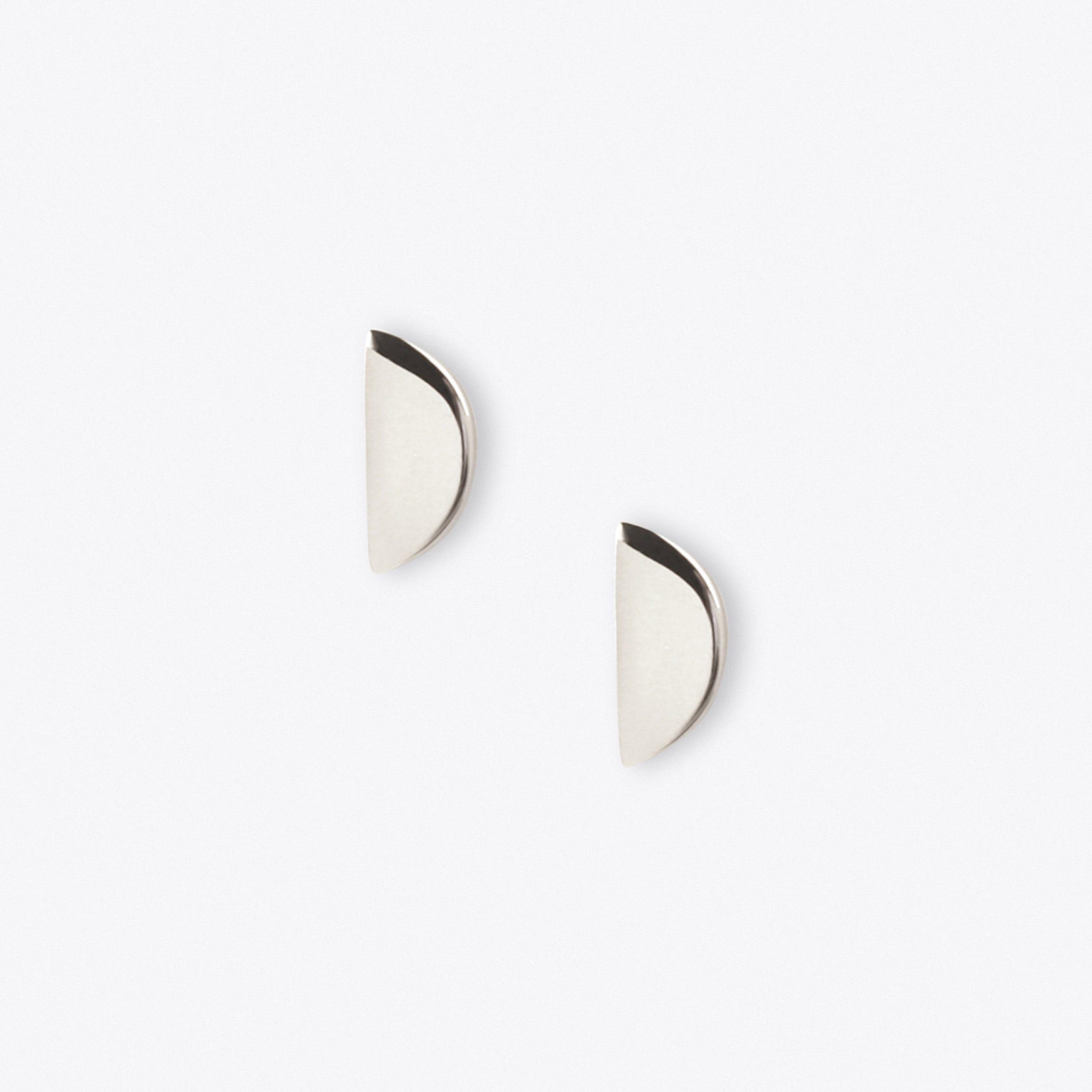 Disc Studs in Silver