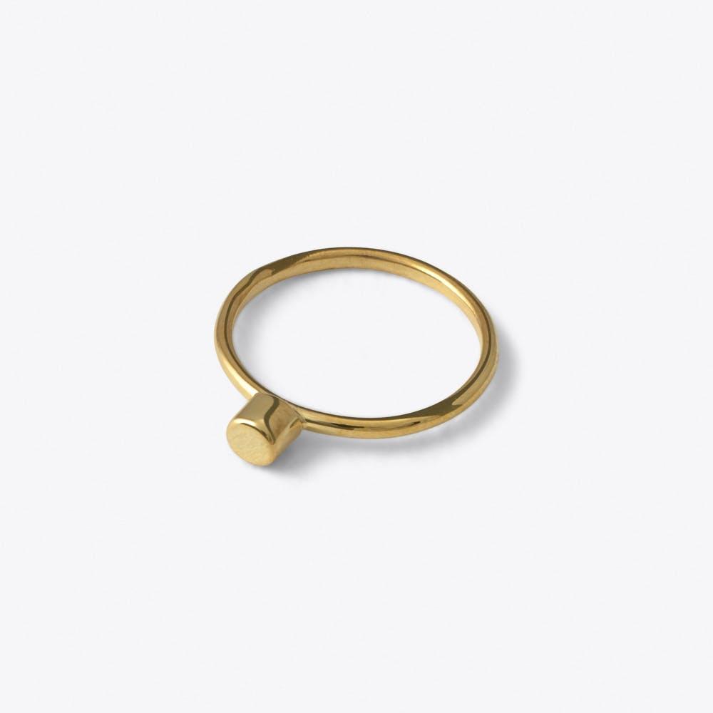 Dot Ring in Gold