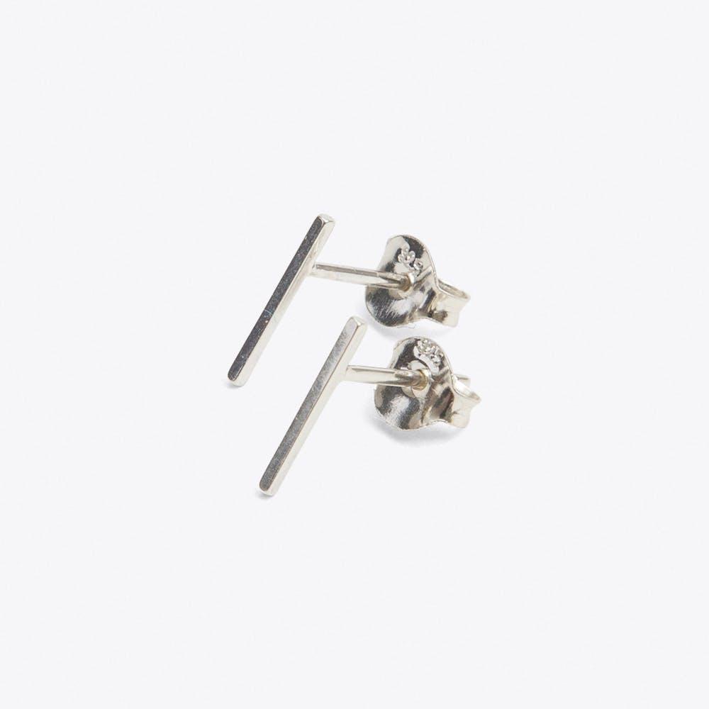 Thin Wire Studs Silver