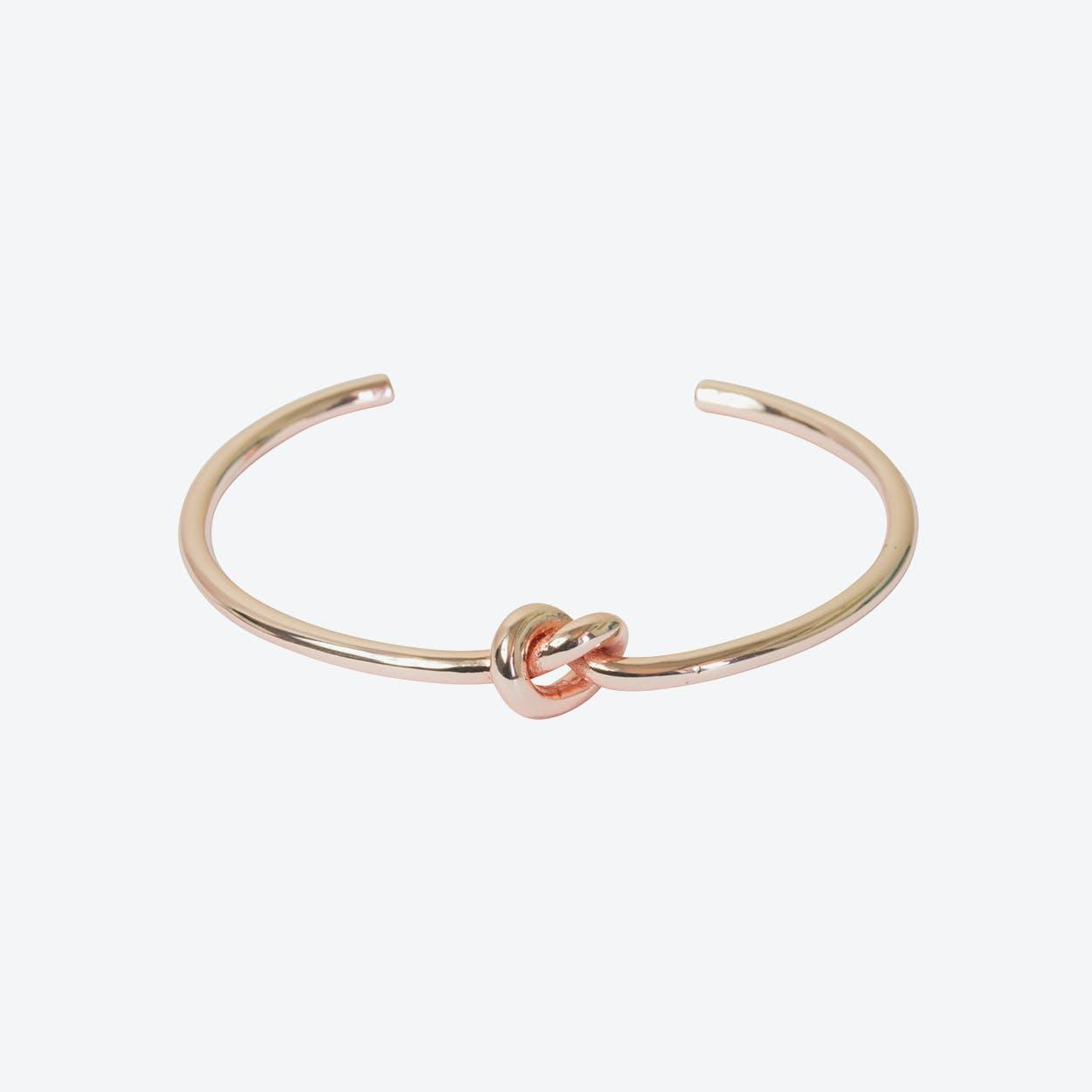 Rose Gold Single Row Knot Bangle