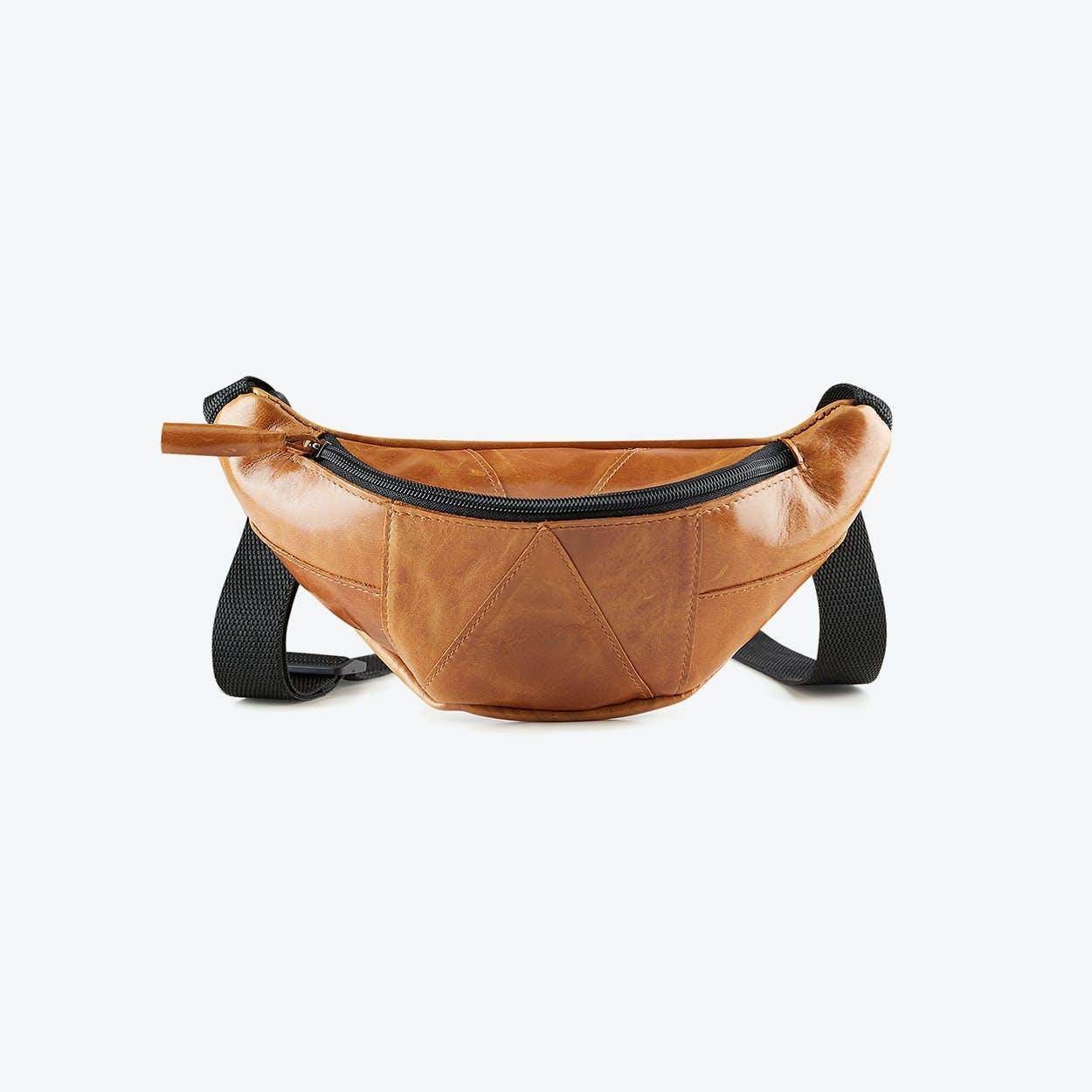 Banana Belt Bag in Brown Leather