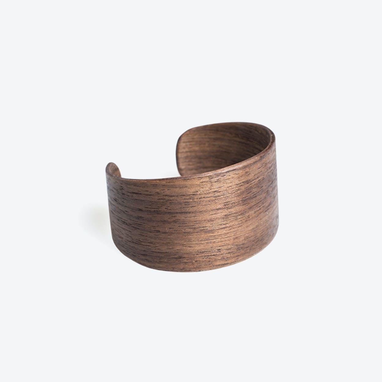 Woody Bracelet in Walnut