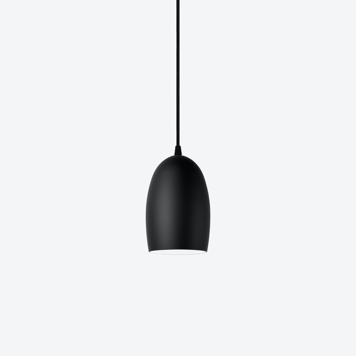 UME Single Pendant Light in Matte Black