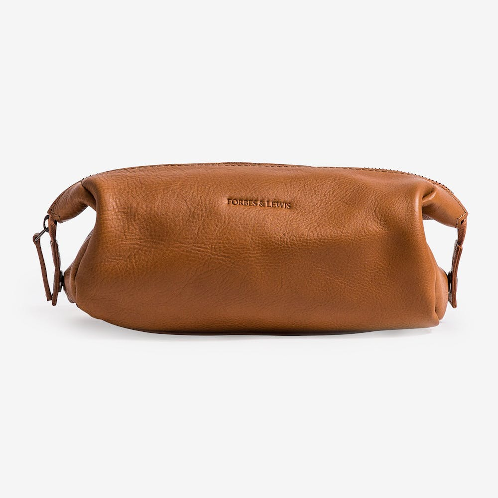 Washington Wash Bag in Tan Leather