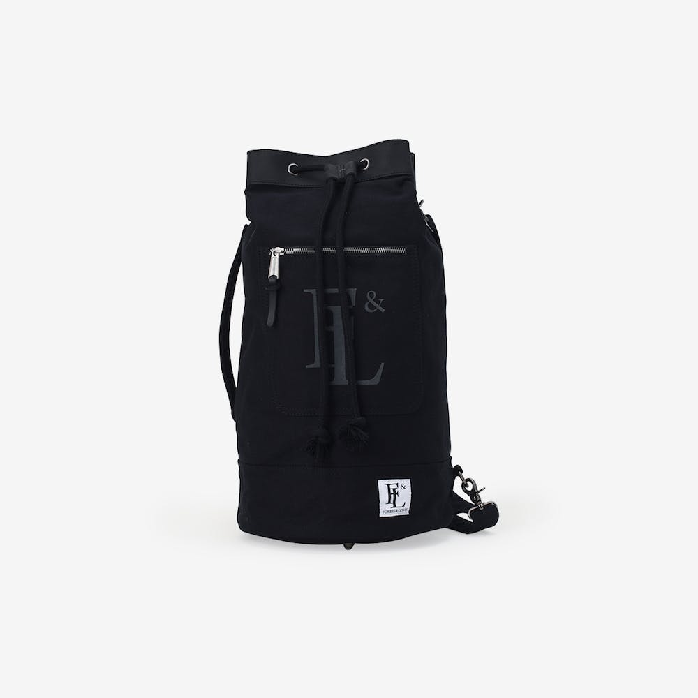Arnold Duffel in Black