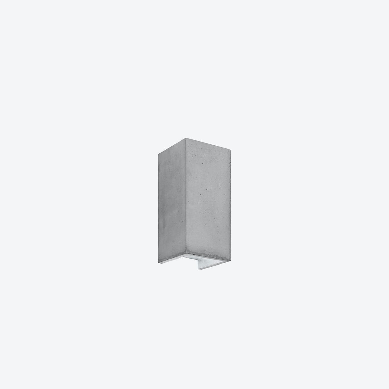 Concrete Wall Light Retangular B8 in Light Grey and Silver