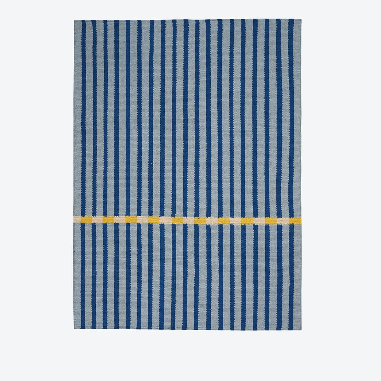 NASHVILLE Rug in Blue
