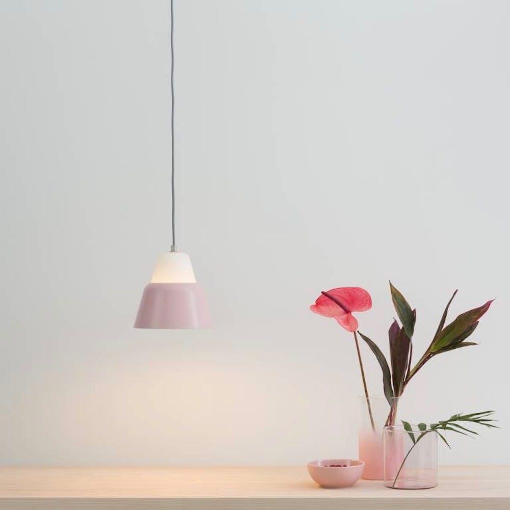 Modu S Pendant Light in Glass Pink Semi-Matte