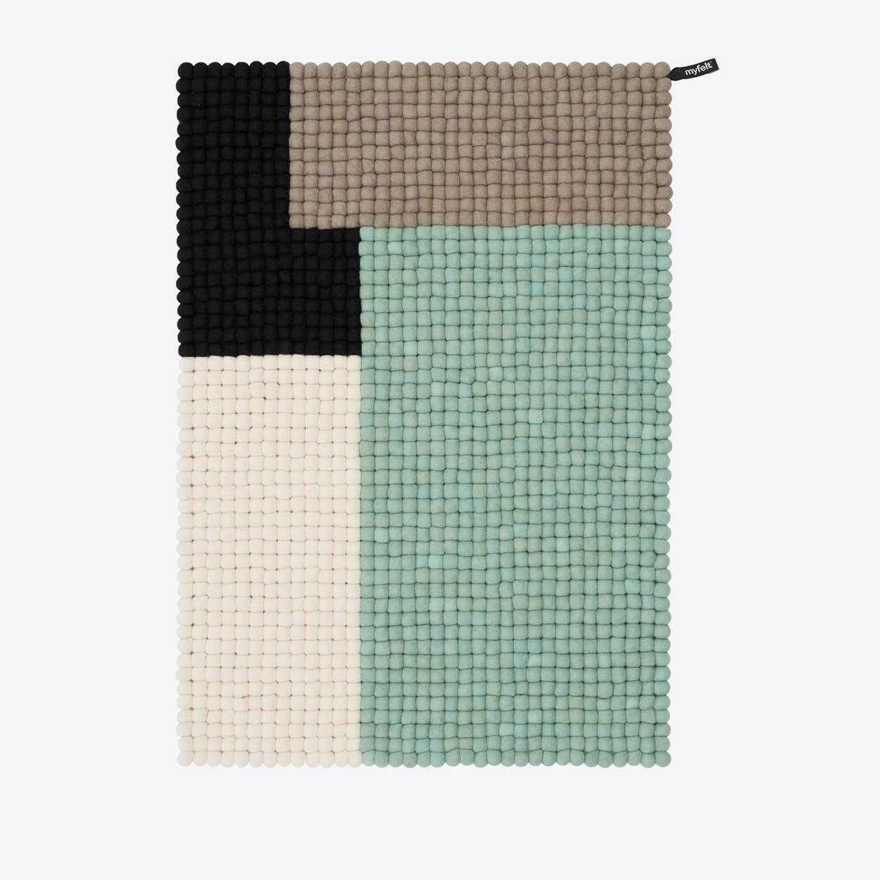Cube-Felt Ball Rug (70x100 cm)