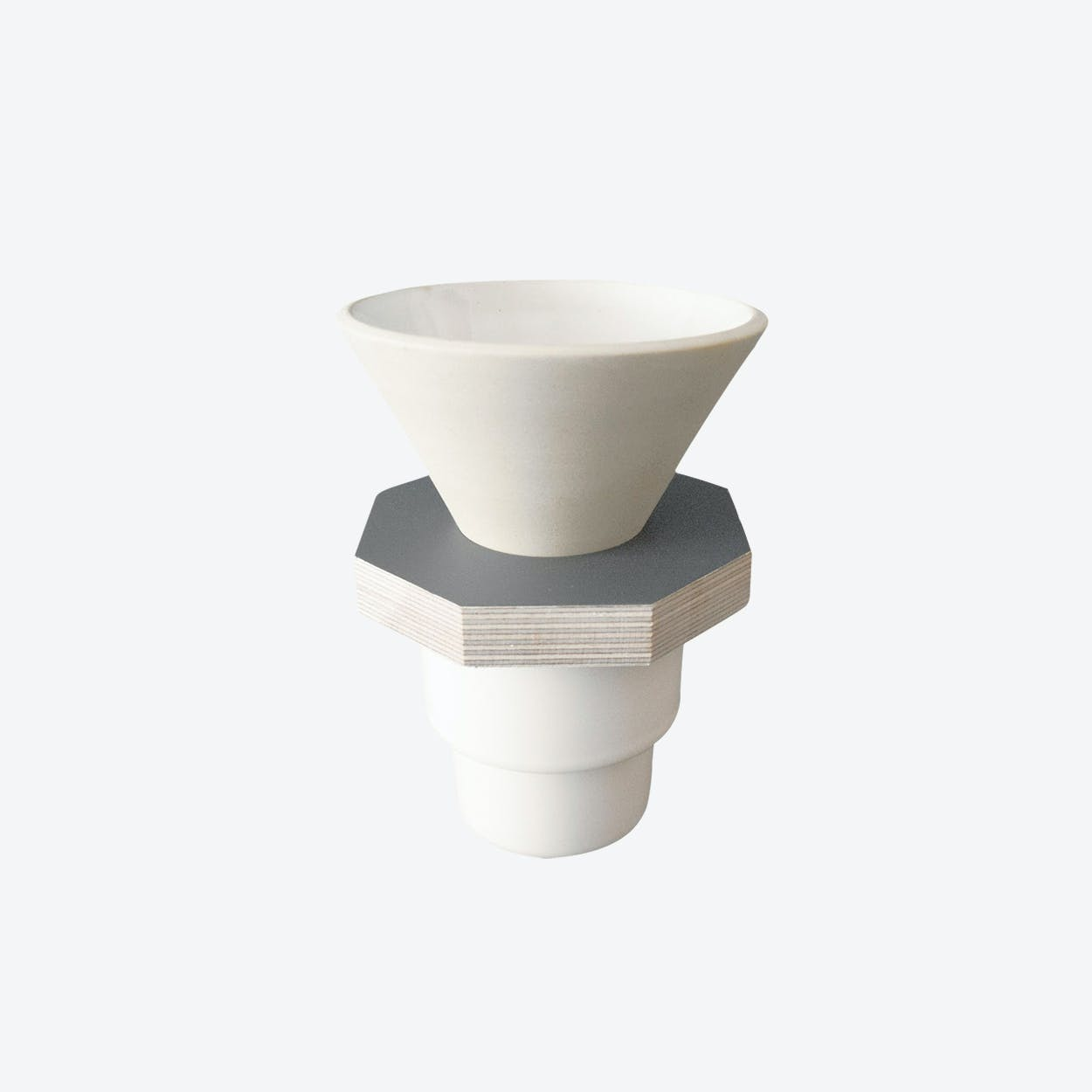Ceramic Dripper in Beige and Gray Plywood