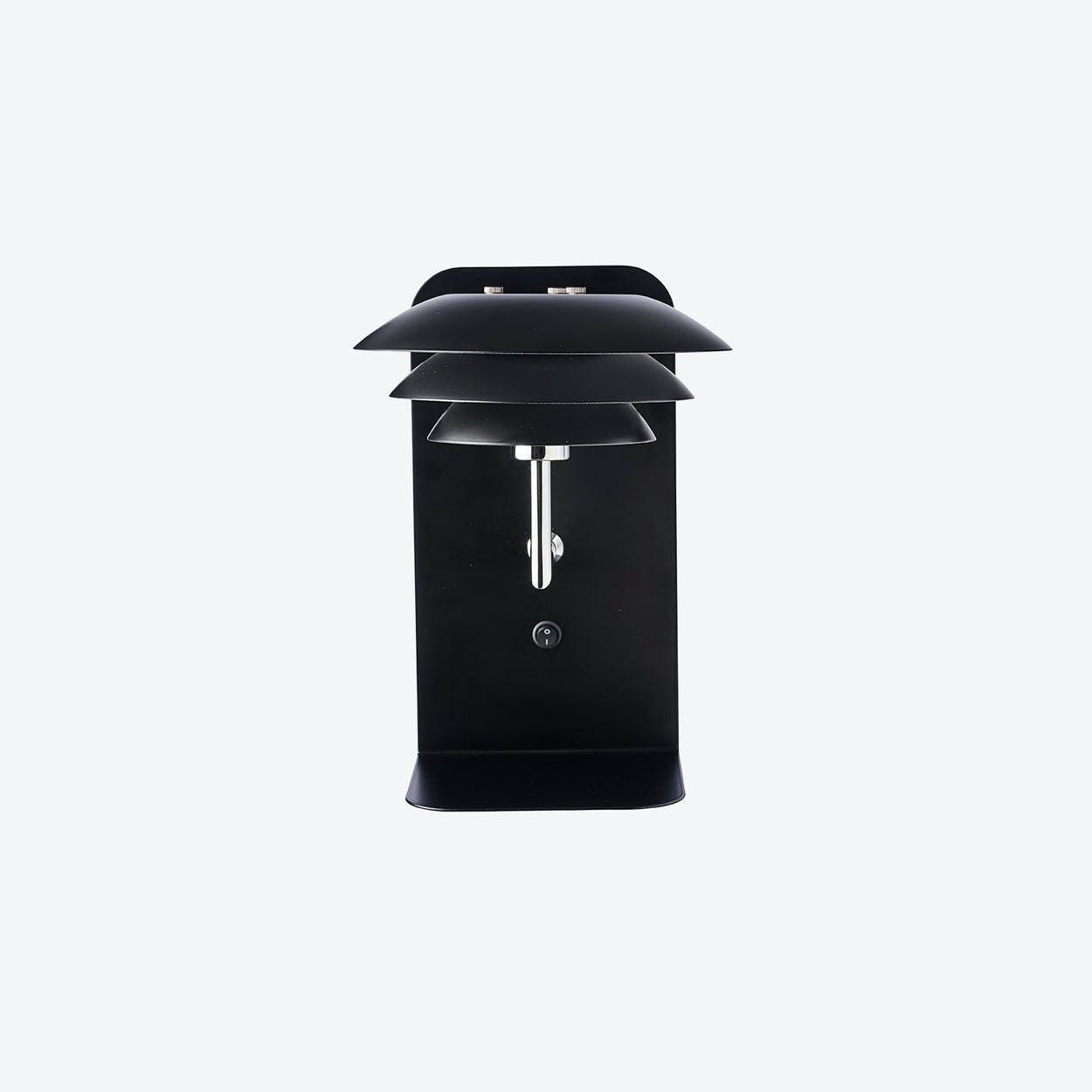 DL20 USB Shelf Including Lamp in Black