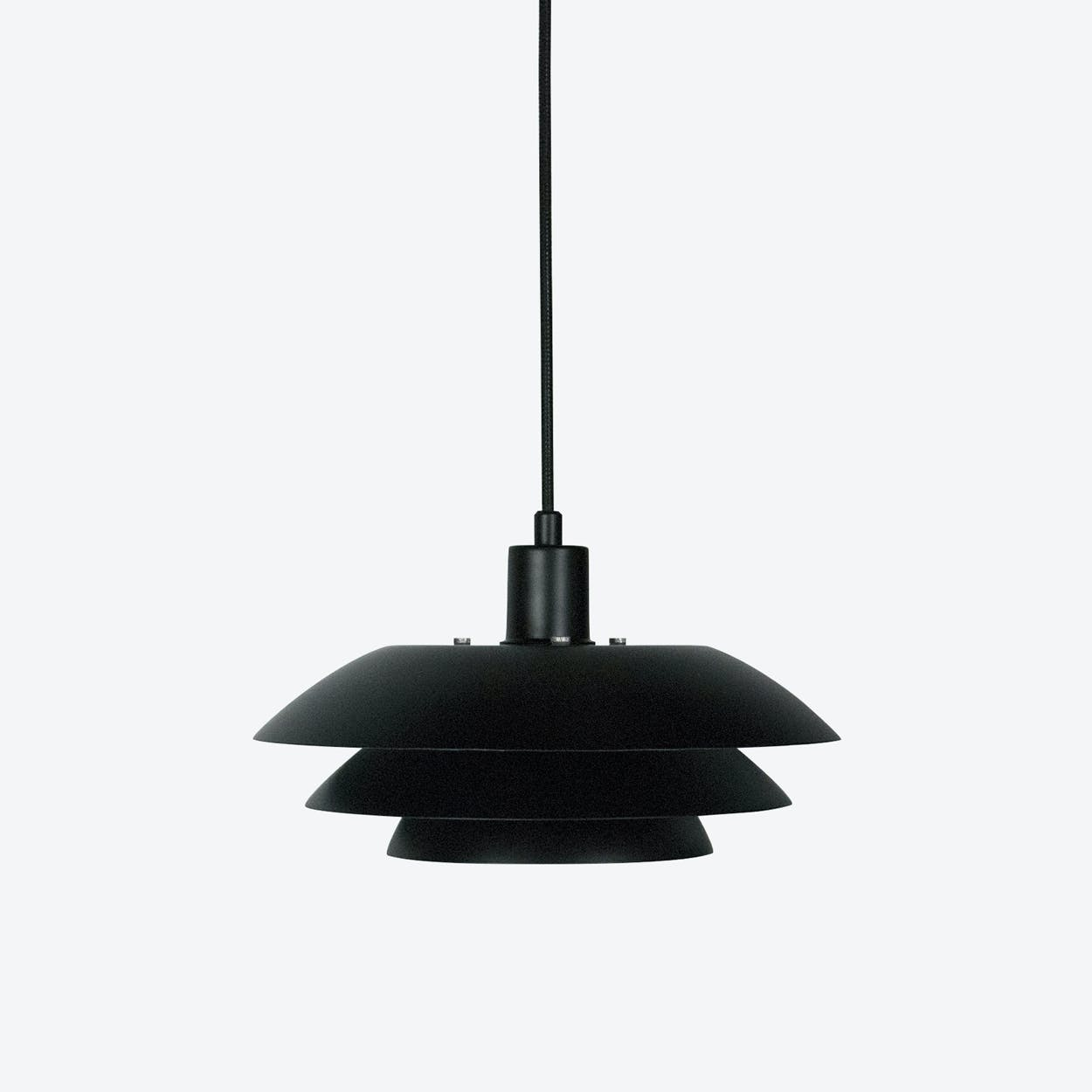 DL31 Pendant Lamp in Matte Black