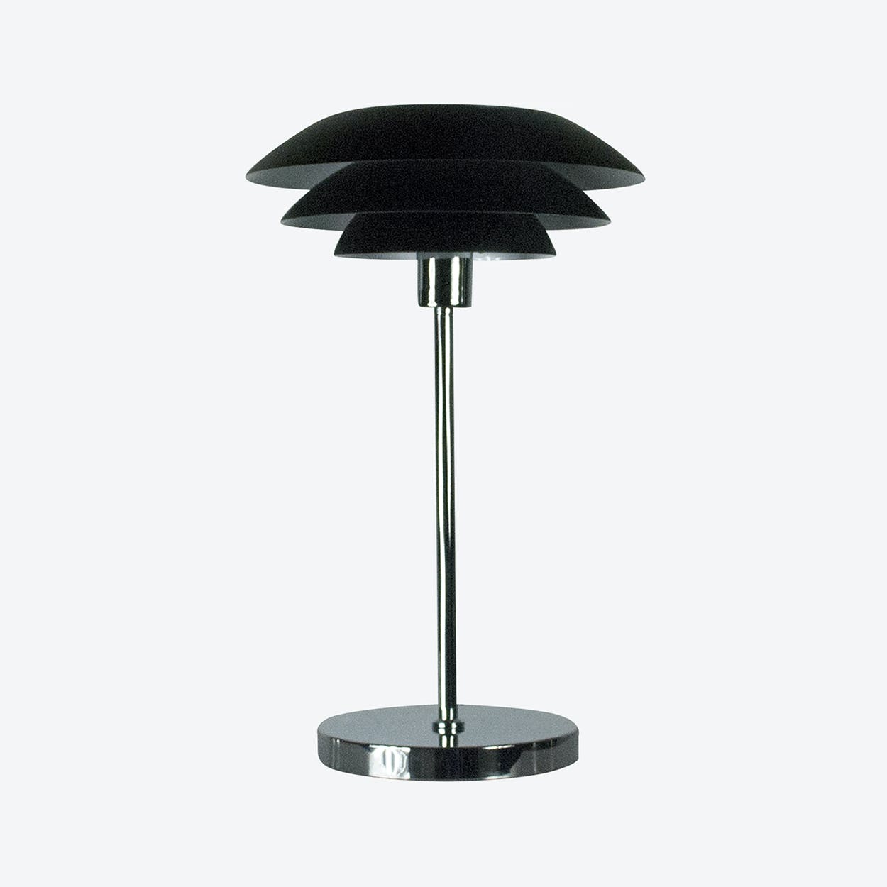 DL31 Table Lamp in Matte Black