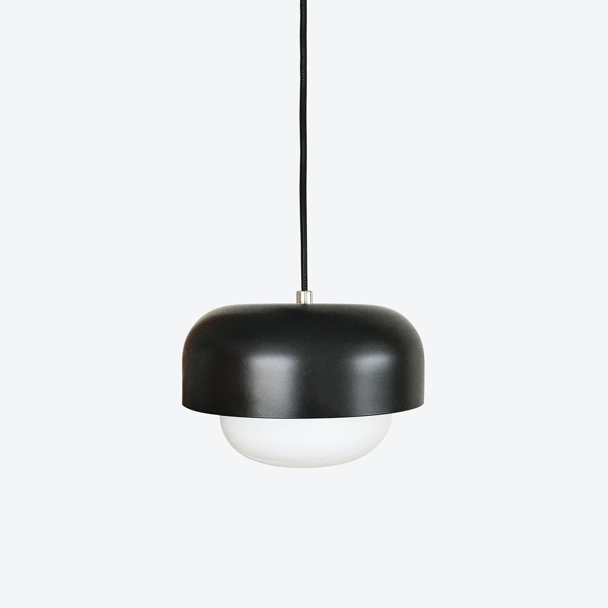 Haipot Pendant Lamp in Yang Matt Black