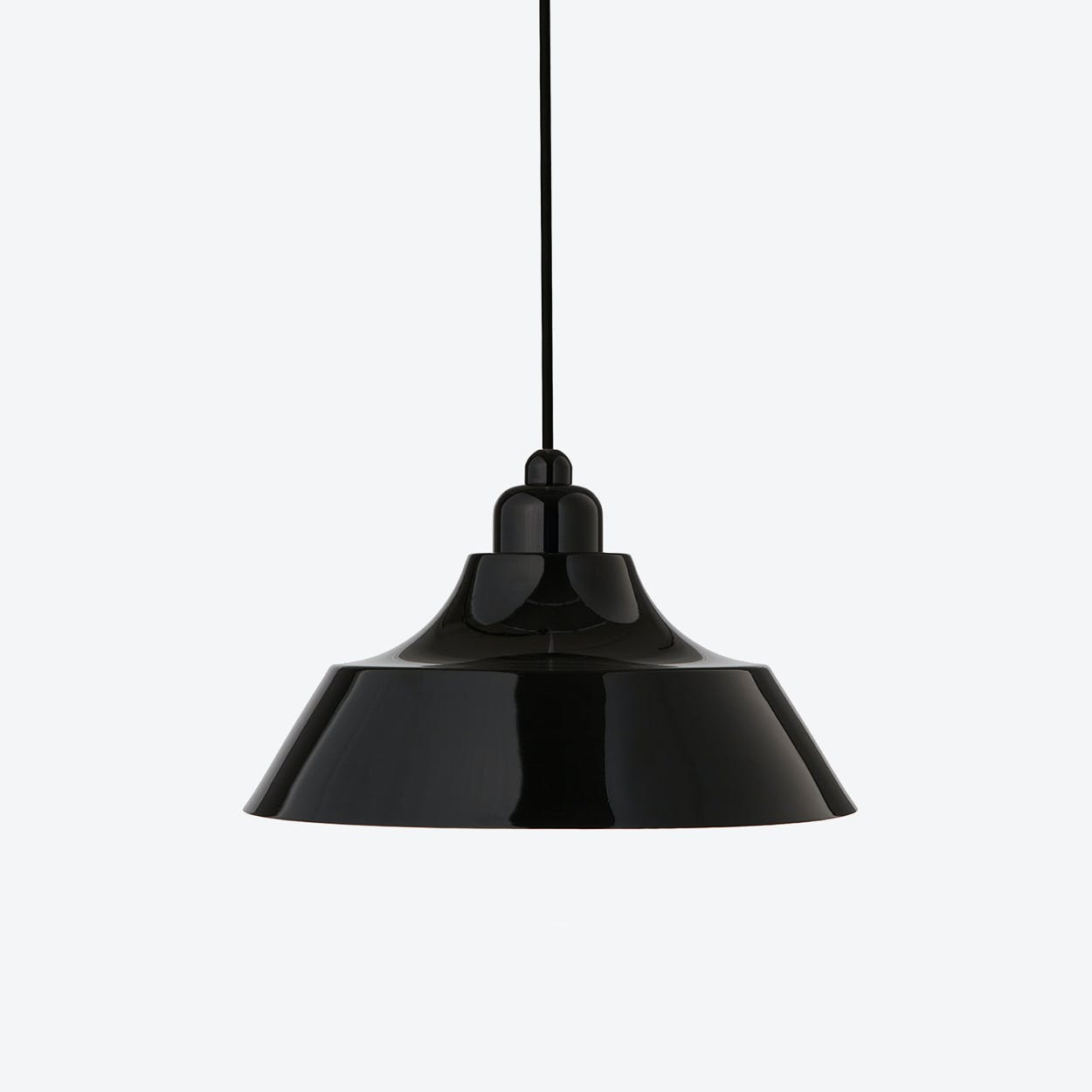 Momentum Black Pendant with Black Top
