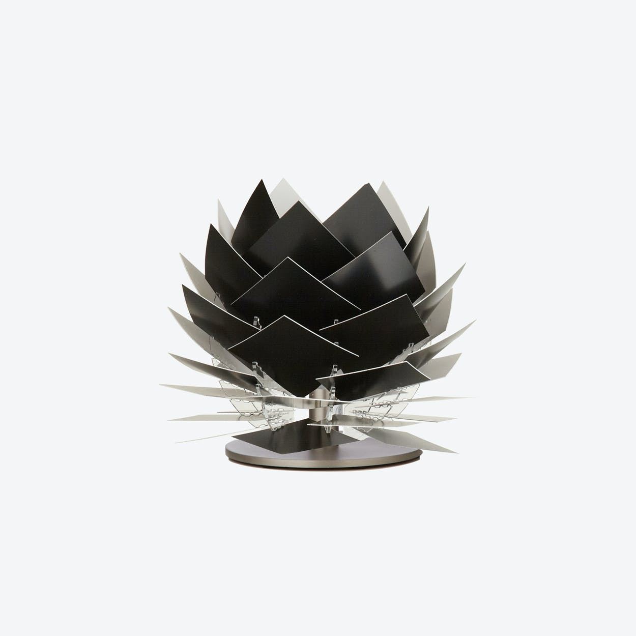 XS PineApple Low Table Lamp in Black
