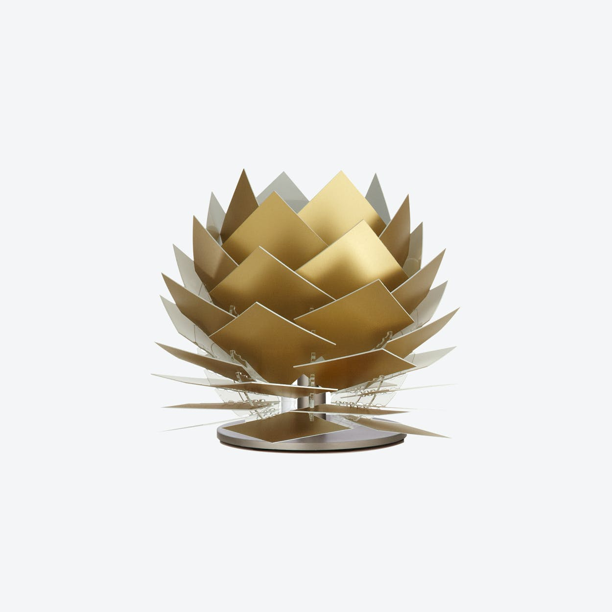 XS PineApple Low Table Lamp in Gold Look