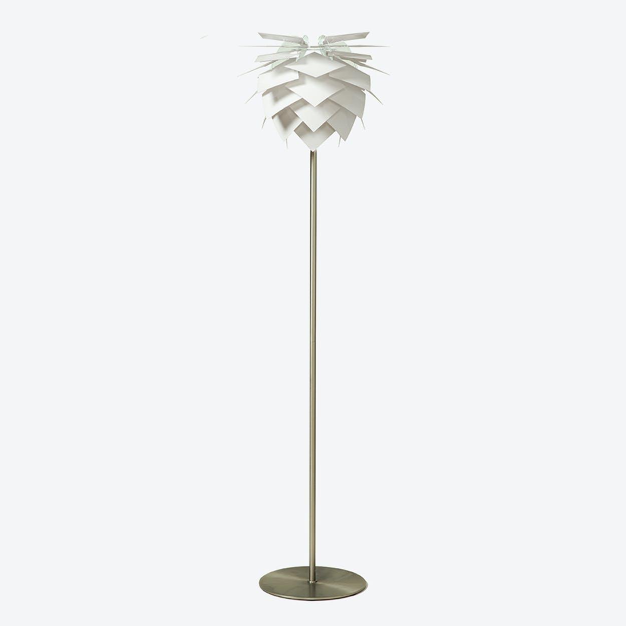 Small PineApple Floor Lamp in White