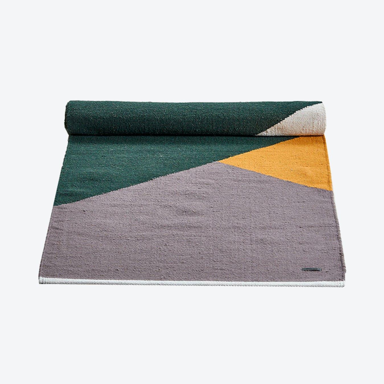 Horizon Wool Rug in Green, Amber, Grey