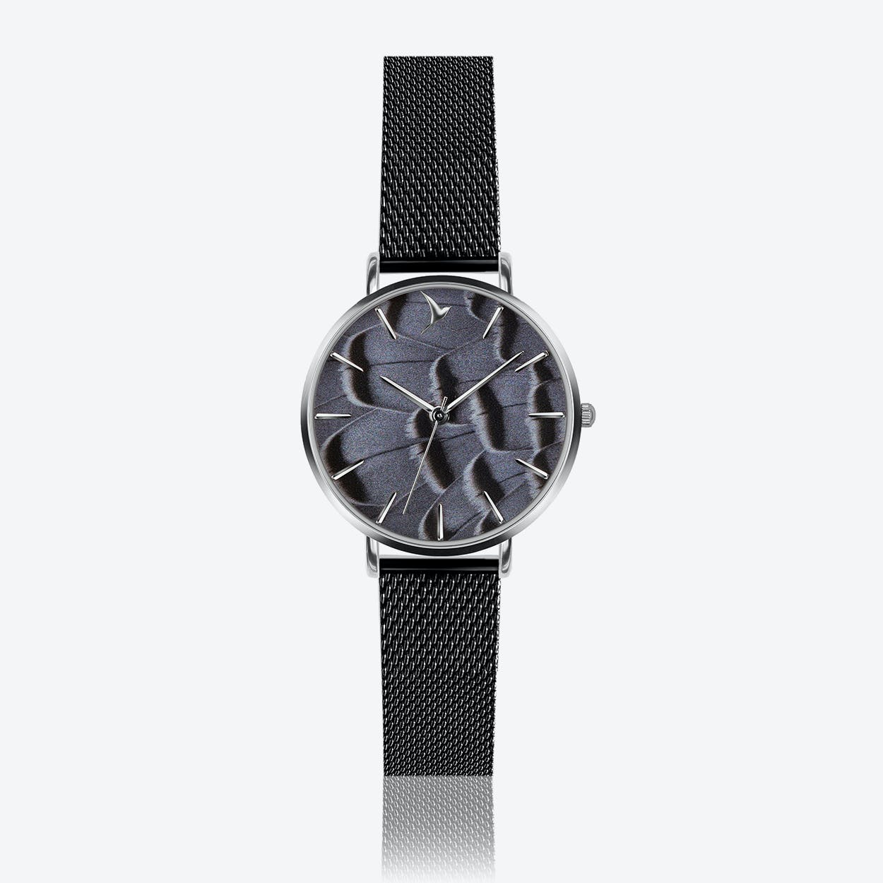 Feather Print Watch in Black ⌀33