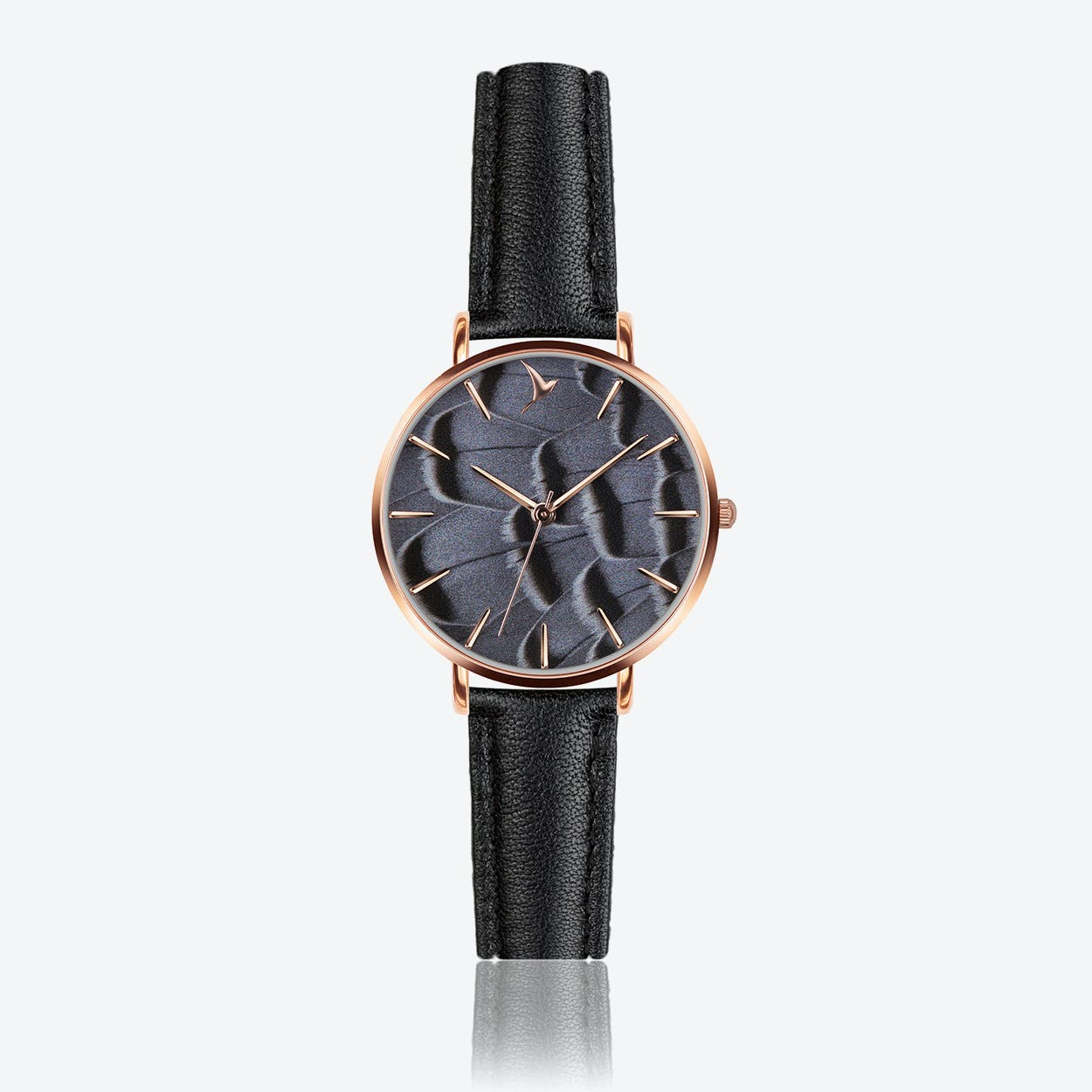 Feather Print Watch in Black Leather ⌀33