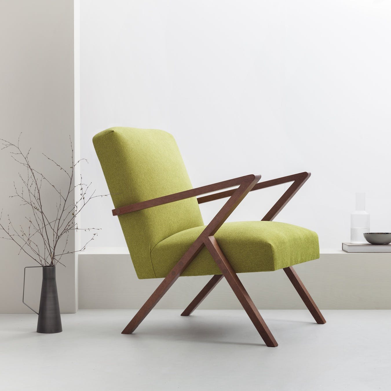 Retrostar Chair - Basic Line in Mustard Green