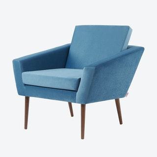 Supernova Chair - Velvet Line in Ocean Blue