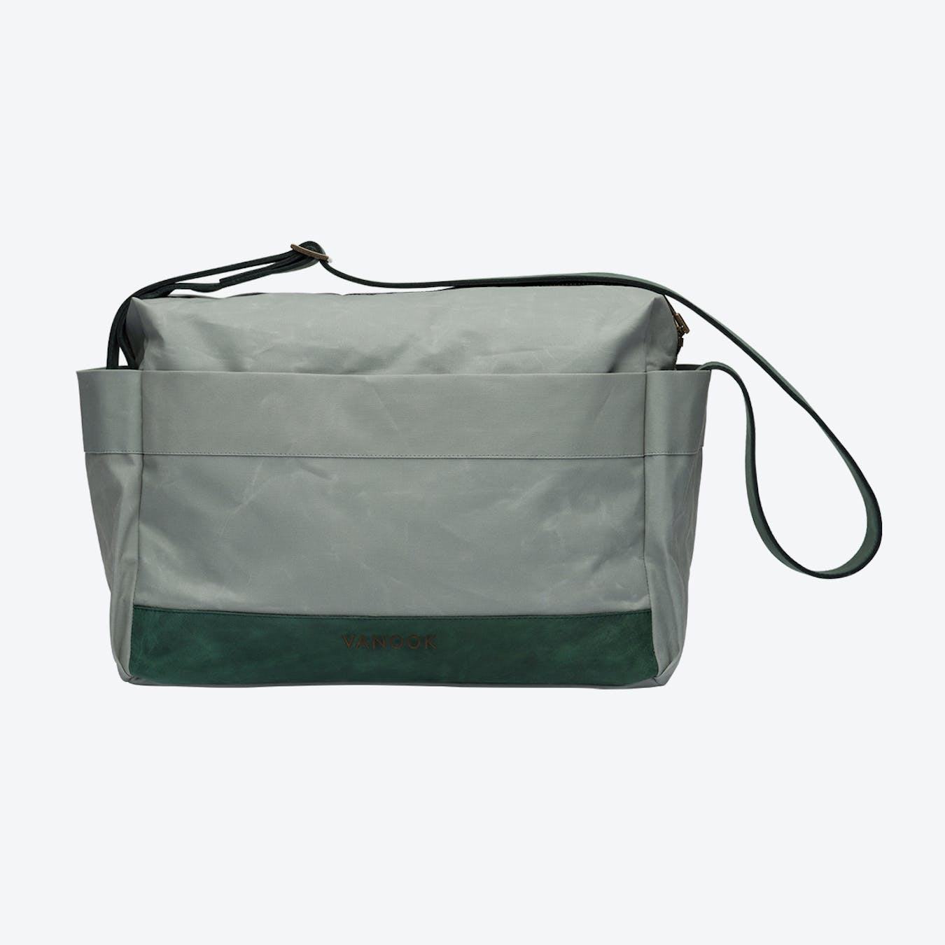 Messenger Bag in Oyster and Malachite