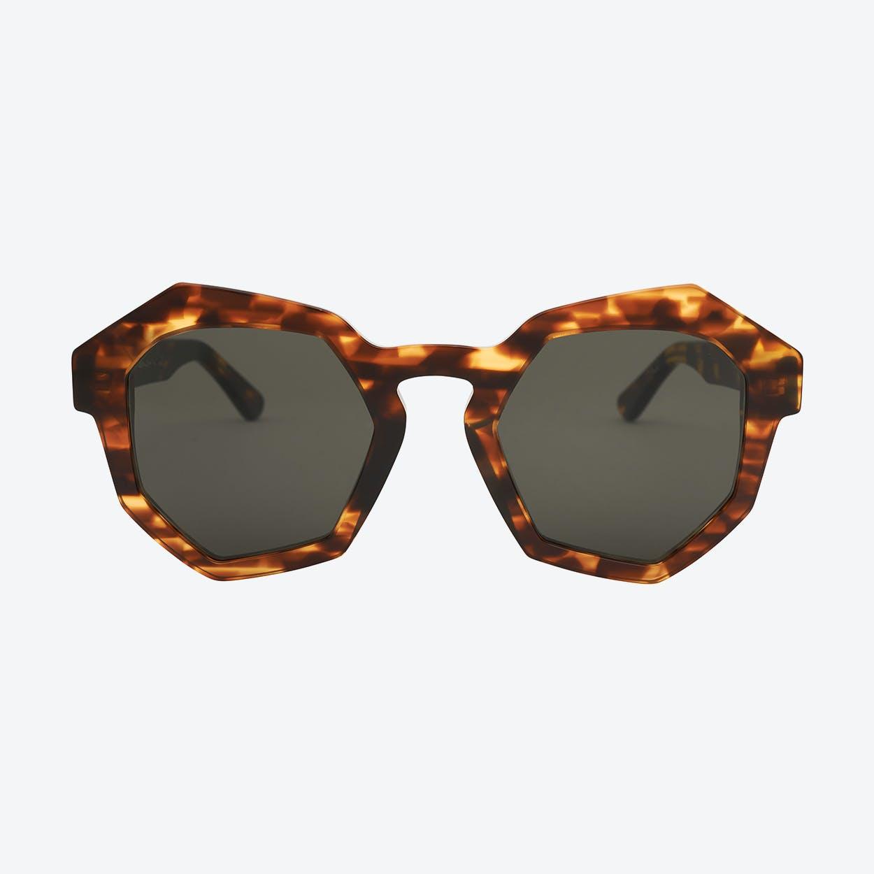 Hoxton Sunglasses in Tortoise