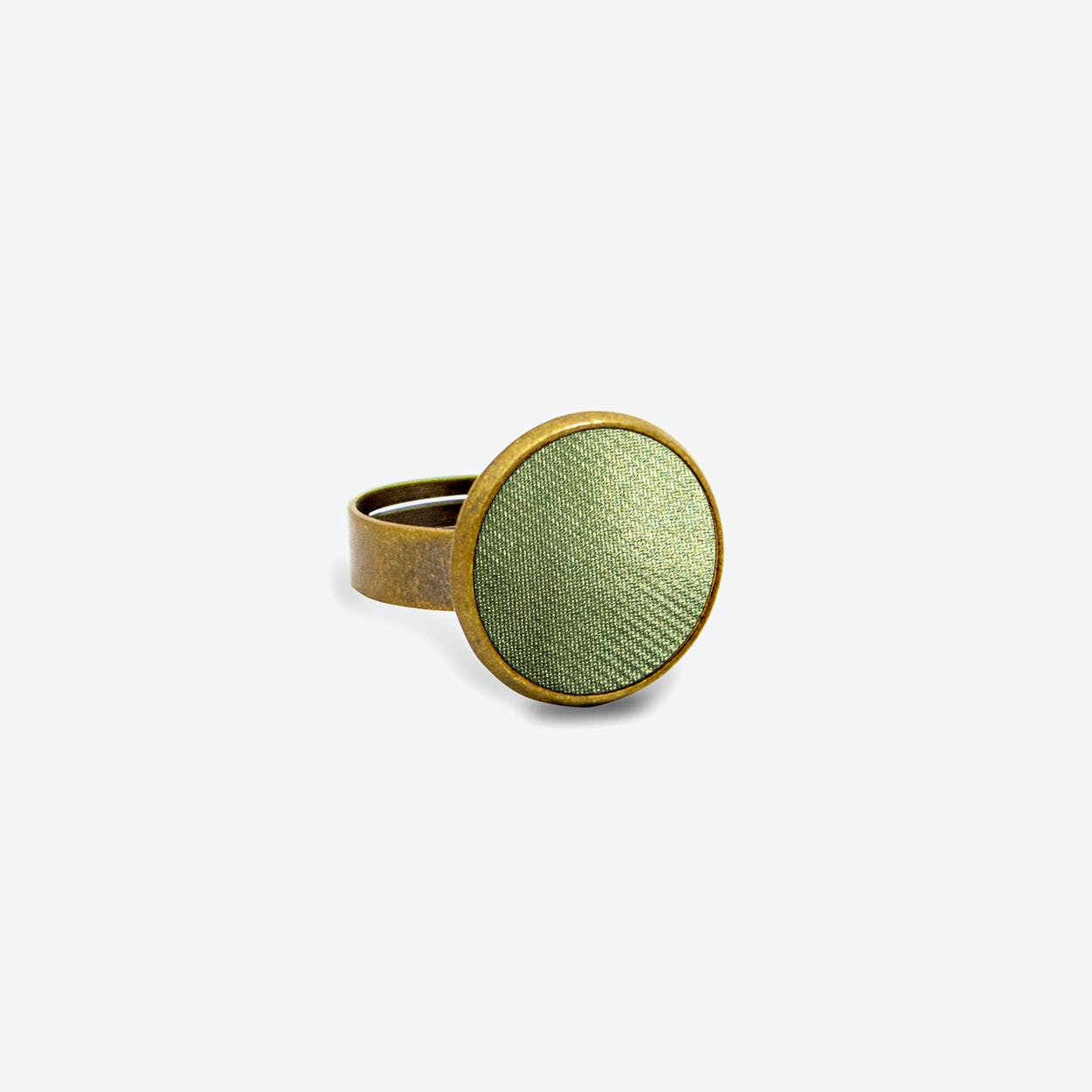 Leather Dot Ring in Nymph Green