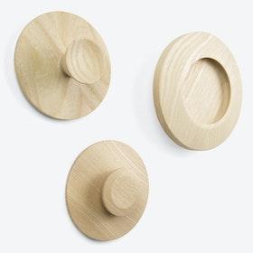 Kneps Hooks in Natural Ash Wood