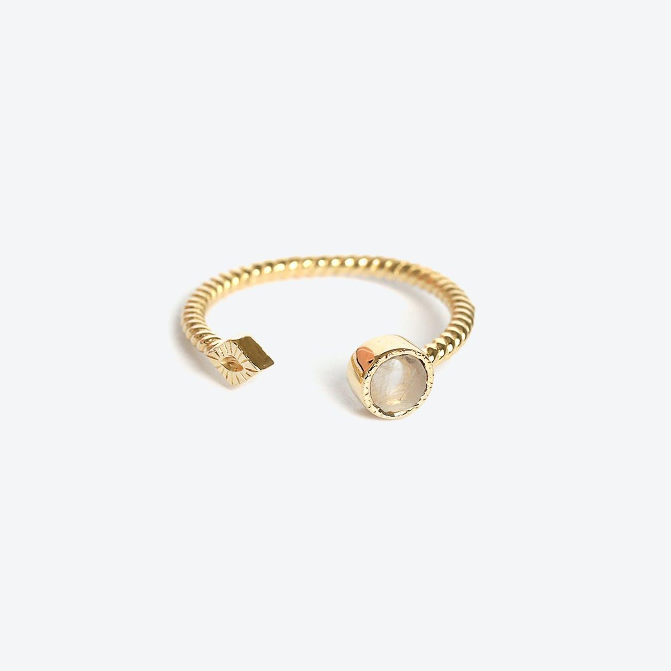 Livy Ring - Moonstone