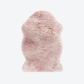 Samba 495 Faux Sheepskin Rug in Powder Pink