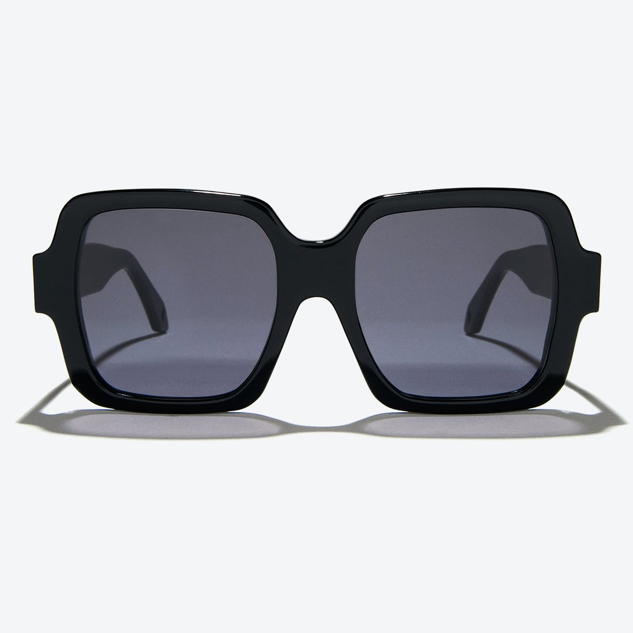 Hydra Sunglasses in Black