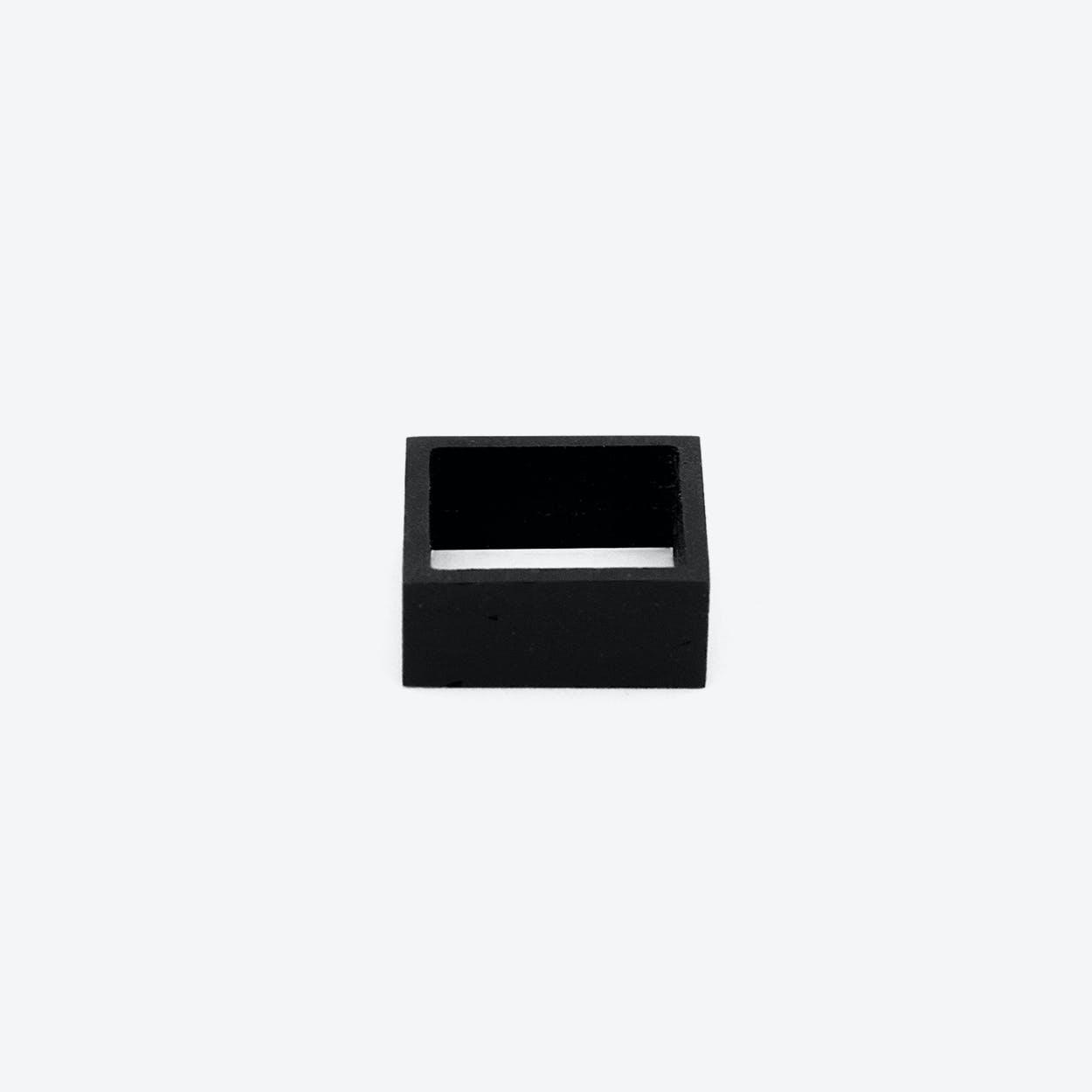MK3 Black Symmetric Concrete Ring