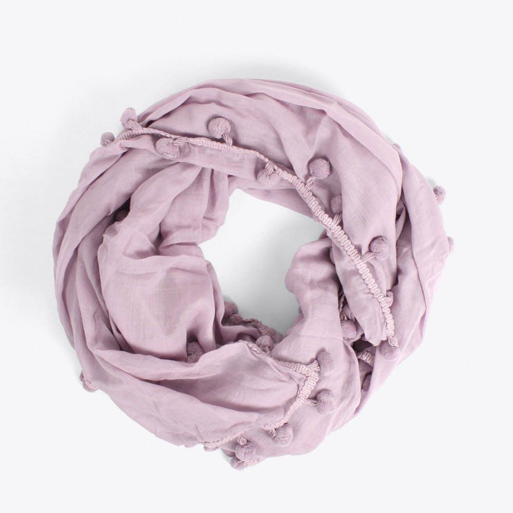 Pom Pom Scarf in Lilac