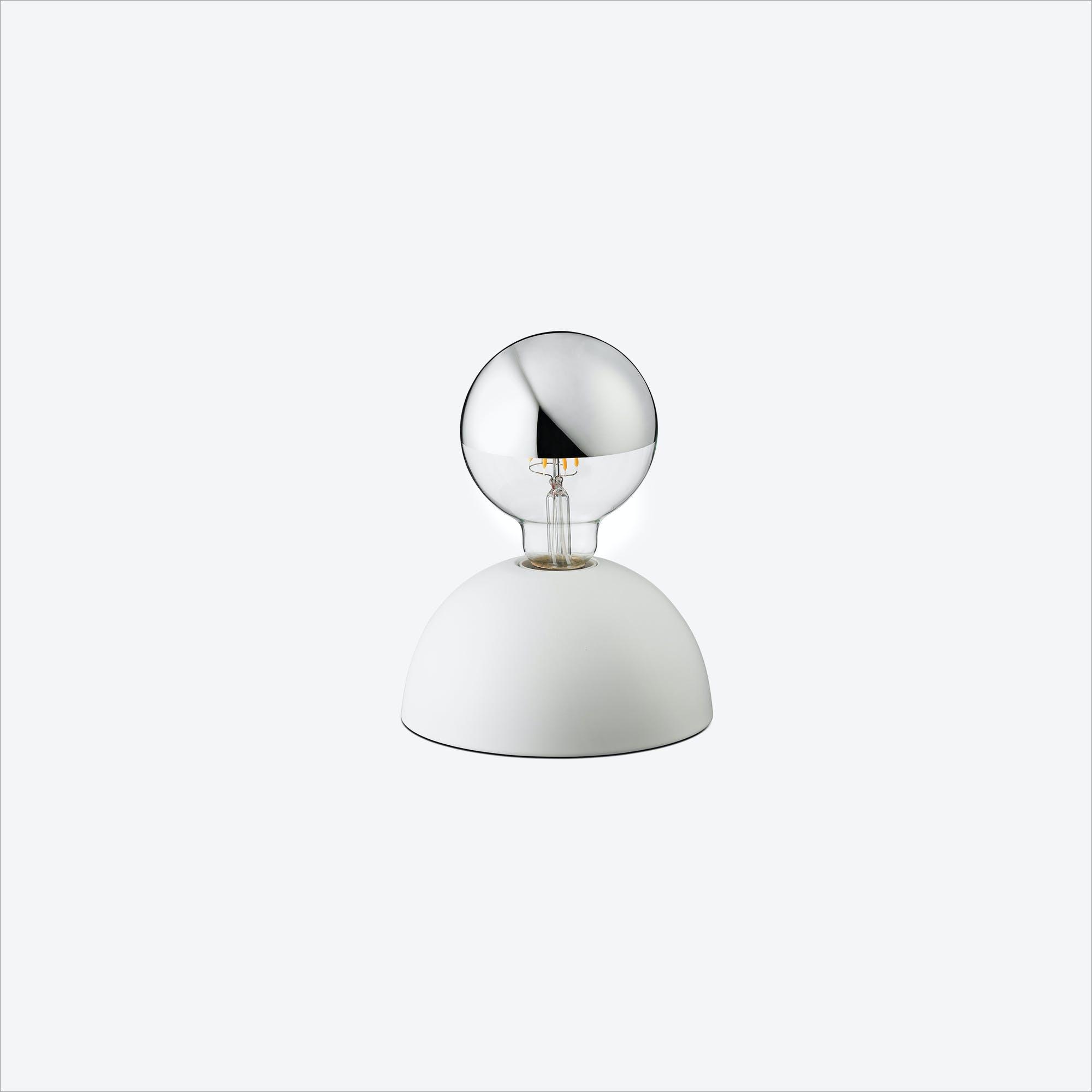 Pat Table Lamp in White
