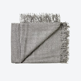 Nazca Baby Alpaca Throw in Dark-Grey