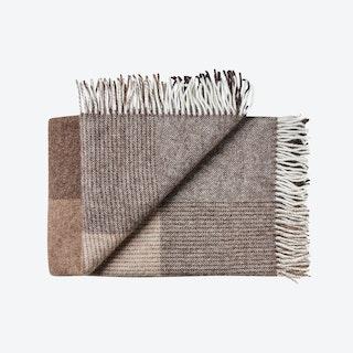 Oxford Alpaca/Wool Throw in Camel-Brown Blocks
