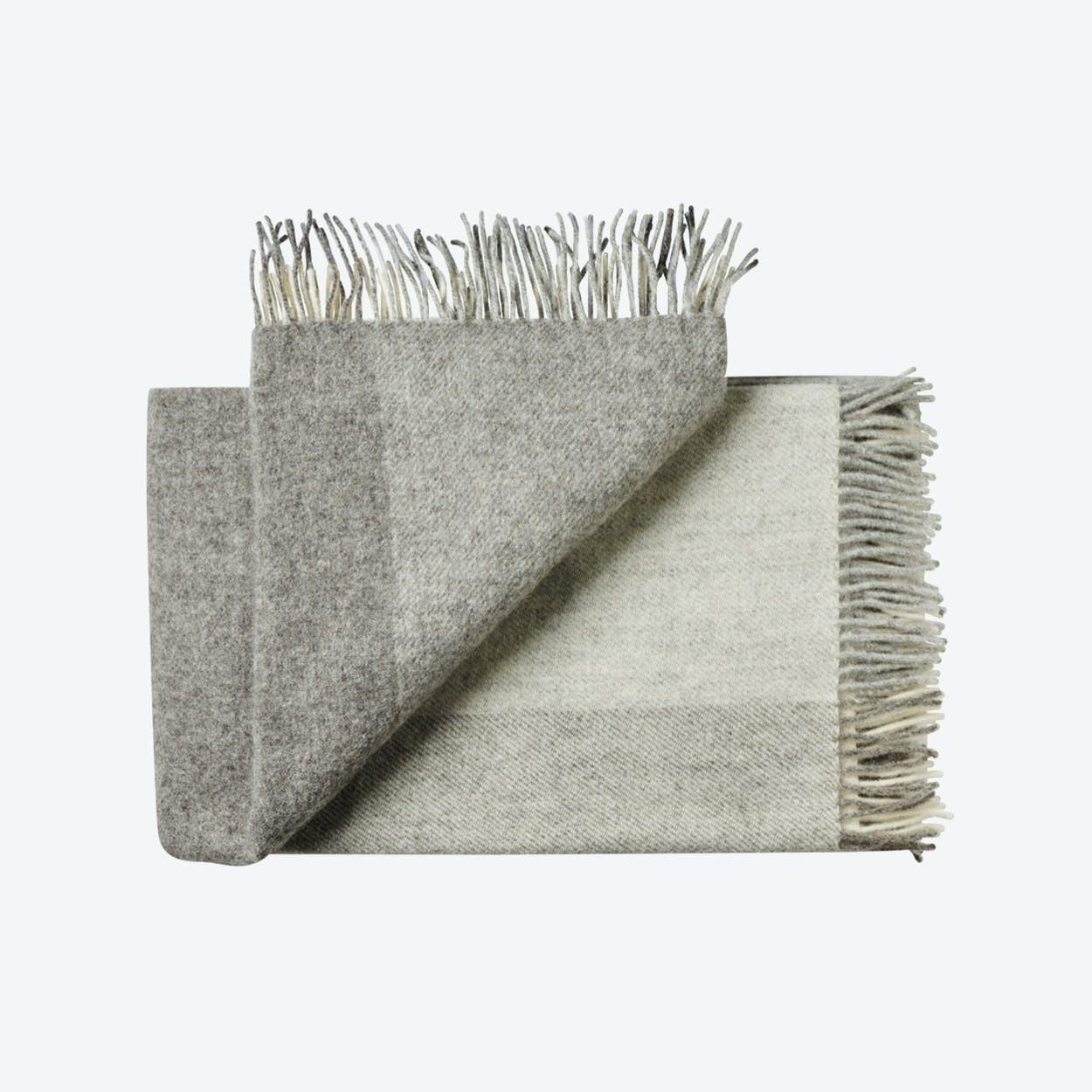 Tunø Wool Throw in Grey
