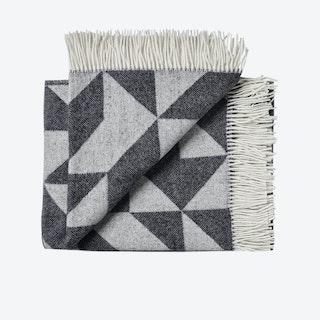 Twist A'Twill Wool Throw in Dark Grey