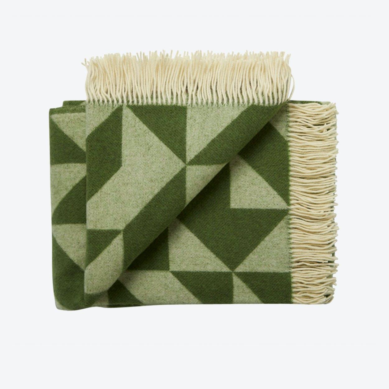 Twist A'Twill Wool Throw in Grass-Green