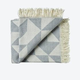 Twist A'Twill Wool Throw in Light Grey