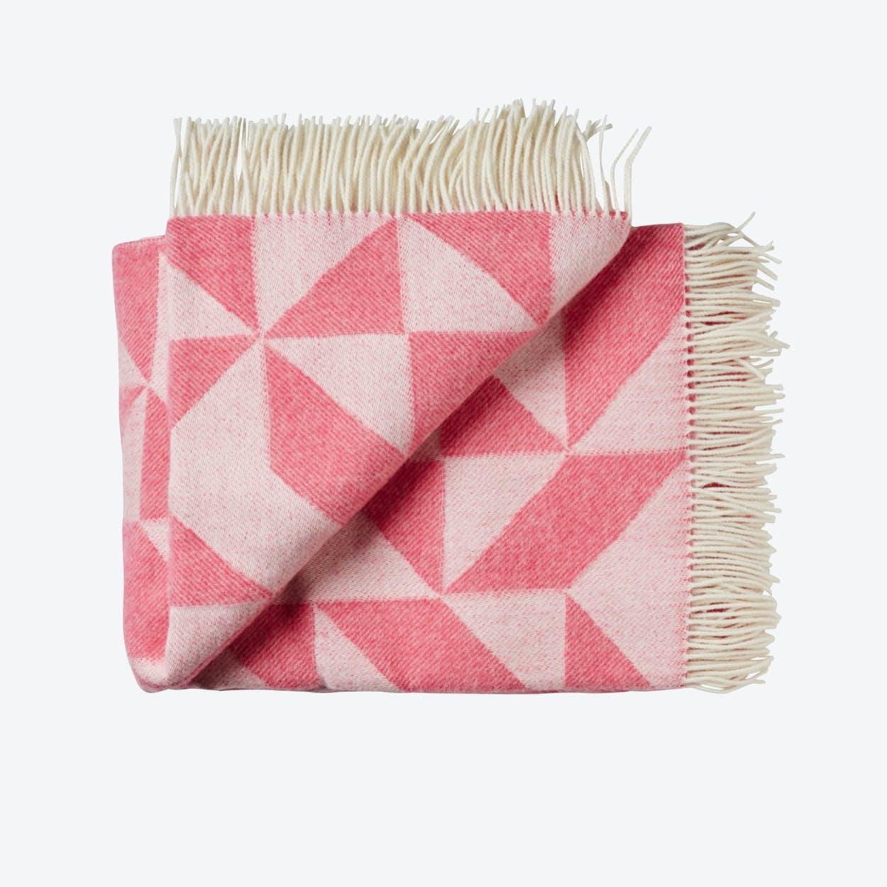 Twist A'Twill Wool Throw in Pink