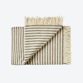 Bogø Wool Throw in White-Brown Stripe
